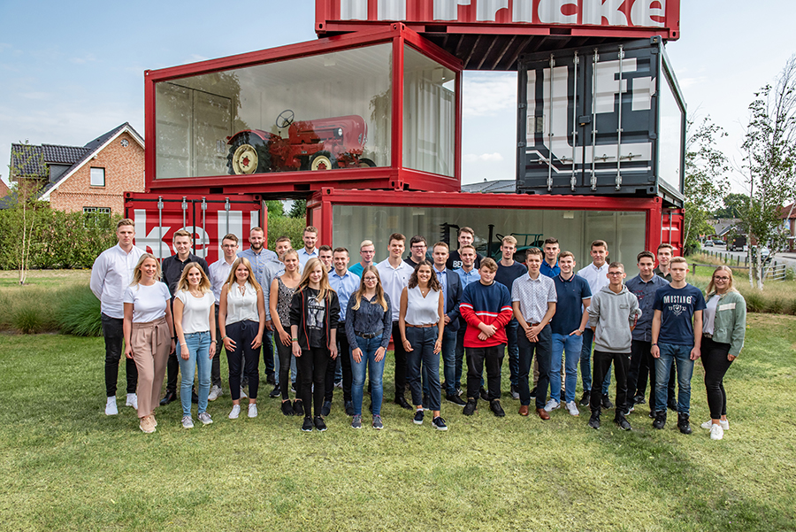 Die Fricke Gruppe begrüßt 58 Auszubildende und duale Studenten