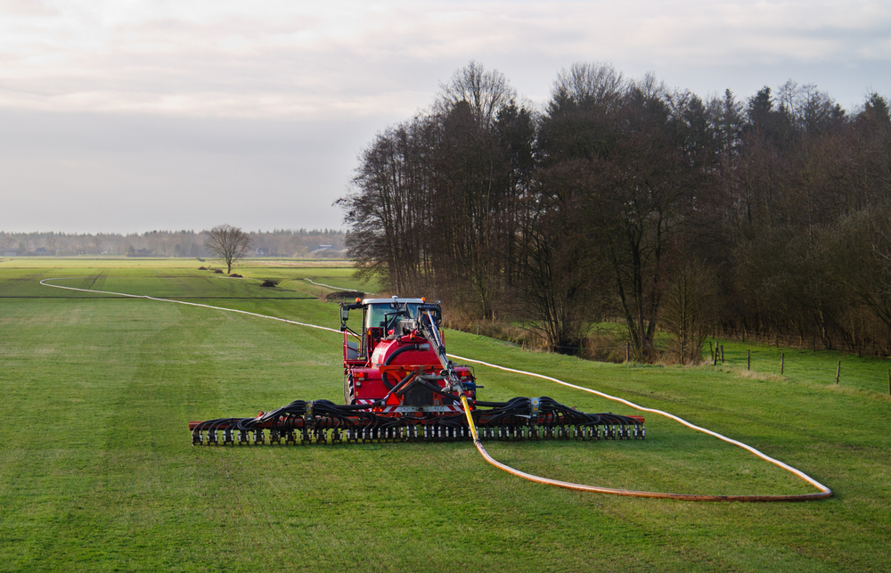 Bauern in Niedersachsen dürfen wieder Gülle fahren