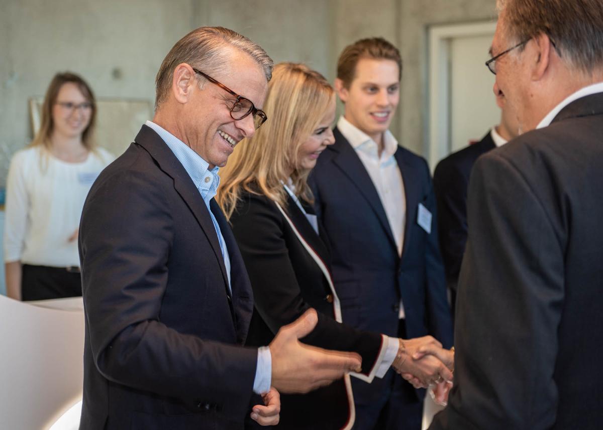 Die FRICKE Gruppe feiert die Eröffnung des neuen Hauptgebäudes in Heeslingen